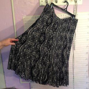 Coldwater Creek women's skirt sz PXL black & white